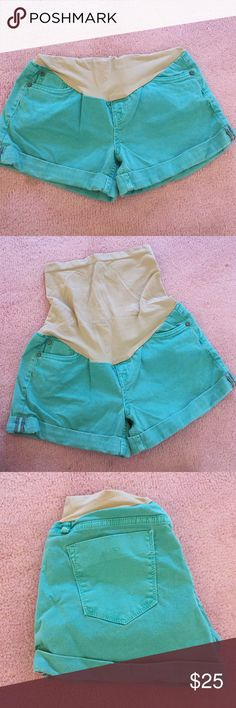 Maternity Shorts Brand Sanctuary Denim, Collection Maternity Brand, bought at A Pea In The Pod, 92% Cotton, teal color, tiny damage shown in picture other than that great condition,  secret fit belly A Pea in the Pod Shorts