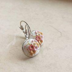Pastel Colors Summer Small Earrings Handmade por DZHandmadeProducts
