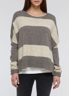 Vince makes some of the best sweaters. I got this in both color ways- grey/cream & black/brown- it is a little oversized and perfect with skinny jeans and boots or flats.