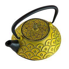 Kasumi cast iron teapot
