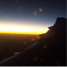 Vía @omargamboa Amanecer desde cielos argentinos. Desde acá se lo mando a @leidy_ossa #SinFiltro #NoFilter
