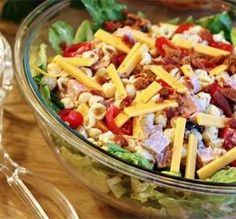 Club Pasta Salad: looks yummy