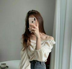 Ulzzang Korean Girl, Cute Korean Girl, Asian Girl, Kfashion Ulzzang, Korean Girl Fashion, Korea Fashion, Girl Photo Poses, Girl Photography Poses, Aesthetic Girl