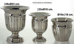 CENTRO DE MESA CON PIE. METAL  Medidas:28x23cm IVA incluido  Más modelos disponibles tal y como se muestran en foto no incluidos en el precio