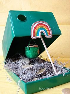 Patrick's Day Crafts and DIY Projects - Leprechaun Trap Kids Crafts, St Patrick's Day Crafts, Kids Diy, Shoebox Crafts, March Crafts, 4 Kids, Toddler Crafts, St Patrick Day Activities, Activities For Kids