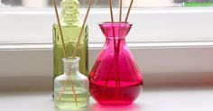 Make room fragrance yourself - inexpensive, natural and without garbage, Diy Cleaners, Shed Storage, Vegan Beauty, Natural Make Up, Natural Cleaning Products, Clean House, Helpful Hints, Martini, Diy And Crafts