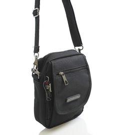 #taška #sport Menší černá taštička přes rameno na doklady značky Enrico Benetti. Multifunkční kapsa, kterou lze připnout na opasek. Jednoduše odpojíte popruh karabinou a na kapsu nasunete opasek o maximální tloušťce 5,5 cm. Taštičku si zamilujete. Je velice prakticky, ale i designově vyřešená.
