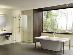 Modernes Badezimmer mit Dusche von PALME®. Bathtub, Bathroom, Design, Showers, Walk In Tub Shower, Bathing, Standing Bath, Washroom, Bath Tub