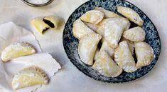 povidlove-satecky-tvarohove-testo Sweet Recipes, Camembert Cheese, Dairy, Food And Drink, Pie, Baking, Desserts, Yummy Cakes, Torte