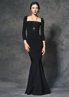 Scopri Dolce & Gabbana Collezione Donna Autunno Inverno 2016 2017 Sera e lasciati ispirare.