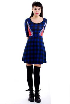 Vestido Sydney de lanilla con recortes de cordero y algodón $384 (precio sin el descuento) www.notengoropa.com