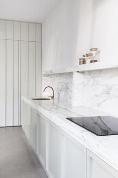 Kitchen Interior Design A Pale Mint Kitchen by Hans Verstuyft - If you love both color and kitchen design, you're sure to find something to excite you here. Minimal Kitchen, Modern Kitchen Design, Interior Design Kitchen, Kitchen Contemporary, Contemporary Bedroom, Room Interior, Modern Design, Kitchen Paint, Home Decor Kitchen