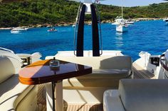 Sjekk ut dette utrolige stedet på Airbnb: St-Tropez luxury sport yacht 17m - Båter til leie i Saint-Tropez