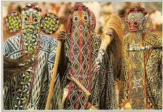 """Résultat de recherche d'images pour """"pagne traditionnel bamileke"""""""