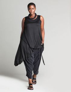 Harem trousers by Isolde Roth. Shop now: http://www.navabi.us/trousers-isolde-roth-harem-trousers-black-24145-2400.html?utm_source=pinterest&utm_medium=social-media&utm_campaign=pin-it