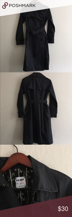 Old navy long rain coat Eye hook closure up top, super warm, weatherproof. Size extra smalll. Great like new condition Old Navy Jackets & Coats