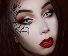 Looking for for ideas for your Halloween make-up? Browse around this site for cute Halloween makeup looks. Halloween Makeup Videos, Halloween Spider Makeup, Halloween Eyes, Halloween Makeup Looks, Spider Witch Makeup, Halloween Stuff, Spider Web Makeup, Halloween Costumes, Halloween 2019