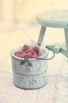basket & stool in favorite color. raspberries.