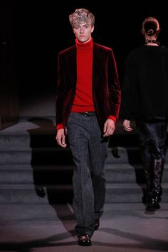 Tom Ford Fall-Winter 2016 - New York Fashion Week Lucky Blue Smith, Tom Ford スーツ, Tom Ford Suit, Fashion Week, Fashion Show, Mens Fashion, Fashion Menswear, Costume Tom Ford, Moda Masculina