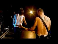 ♥ Red Hot Chili Peppers - Don't Forget Me - Live at La Cigale