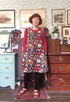 #MMMAY16 Day 3 Simple shift dress in Ikea furnishing weight cotton