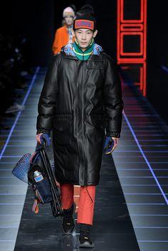 FENDI(フェンディ) 2017-18秋冬メンズコレクション ランウェイ49枚目
