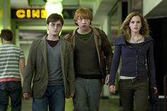 Daniel Radcliffe Interview HARRY POTTER AND THE DEATHLY HALLOWS ...