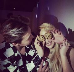 CL's Instagram with G-Dragon
