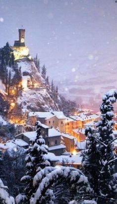 Magie de l'hiver - Brisighella, Ravenne, Emilia-Romagna, Italie