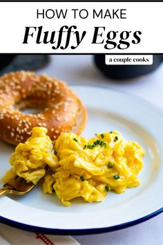What's the key to how to make fluffy eggs? Milk! Just a touch makes the best fluffy scrambled eggs for quick and delicious breakfasts. | breakfast ideas | egg recipes | vegetarian recipes | gluten free recipes | #fluffy #eggs #fluffyeggs #fluffyscrambledeggs #fluffyeggsrecipe #scrambledeggs Easy Vegetarian Dinner, Vegetarian Cookbook, Vegetarian Recipes Easy, Healthy Eating Recipes, Best Vegan Breakfast, Healthy Breakfast Muffins, Breakfast Ideas, Egg Recipes, Brunch Recipes
