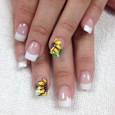 French Tip Nail Designs, Flower Nail Designs, Toe Nail Designs, Cute Short Nails, Short Gel Nails, French Manicure Acrylic Nails, Sunflower Nails, School Nails, Light Nails