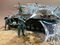Scale Tattoo, Tank Armor, Water Effect, Model Tanks, Custom Gundam, Garage Makeover, Military Modelling, Panzer, Model Ships