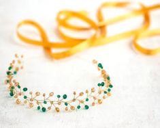 11 Gold crown headband Emerald headband Hair vines Hair accessories Bridal  headband green Tiara Vine headband Headband wedding Halo. Fascia Per  Capelli Di ... 9fc5c165f511