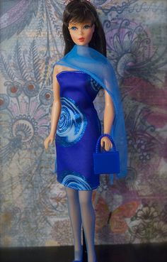 Barbie - Mod Era Twist n' Turn Barbie - Brunette