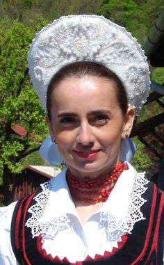 Face of Hungary Folk Costume, Costumes, Beautiful People, Beautiful Women, Hungary Travel, Hungarian Embroidery, My Heritage, People Around The World, Traditional Dresses