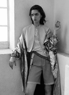 Magda Laguinge by Hordur Ingason for Elle UK April 2016 3