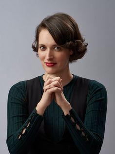 Fleabag surprise winner at the 2019 Emmy awards ceremony Celebrity Gossip and Movie News Phoebe Waller Bridge, English Actresses, Married Woman, Celebs, Celebrities, Girl Crushes, Celebrity Gossip, Pretty People, Her Hair