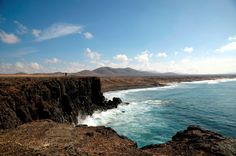 El Cotillo Beautiful World, Beautiful Places, Travel Couple, Road Trip, Environment, Waves, Italy, Beach, Outdoor