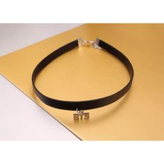 KPop BTS IN BLOOM Choker (25 BRL) ❤ liked on Polyvore featuring jewelry, necklaces, leather necklace, leather choker, leather choker necklace, genuine leather necklace and choker necklace