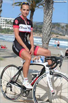 Hübsche Bikerin ! women's cycling: liz hatch Great picture www.mountainbikefahrrad.de