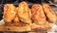 Τα πιροσκί τρώγονται και κρύα αλλά συνήθως τα βάζω για λίγο στην τοστιέρα και μπούμ….τέλεια.Καλή όρεξη.! Υλικά: Για τη ζύμη * 1 κούπα χλιαρό νερό * 1 κούπα χλιαρό γάλα * 1 φακελάκι ξηρή μαγιά * 1 κουτ. γλ. ζάχαρη * 1 Greek Recipes, Baked Potato, Bread, Cheese, Baking, Ethnic Recipes, Food, Beverages, Entertaining
