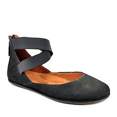 Want a shoe that is similiar to this or if you find it for a better price let me know.  Gentle Souls Women's Bay Unique Flats (FootSmart.com)