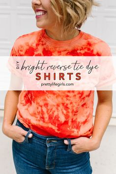 Summer Crafts: Bright Reverse Tie Dye Shirts - The Pretty Life Girls | Tie dye is the trend of the moment, and the easiest way to achieve it comes from a simple household item you probably have in your laundry room right now: BLEACH. Bleach creates an awesome reverse tie dye effect on cotton fabrics that is cute and crazy easy, no dye required. Click to see how to make these Bright Reverse Tie Dye Shirts! Tie Dye Shirts, Dye T Shirt, Band Shirts, Diy Shirt, Diy Tie Dye Bandana, Tie Dying Techniques, Reverse Tie Dye, Swim Cover Ups, Diy Projects For Kids