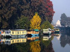 Enjoy travelling to the must see paradise in the world. Kolu group offers the best of Kashmir package & Houseboats at affordable prices.