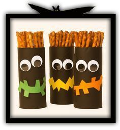 (pic: Das Bastelmagazin) Mehr Best Picture For diy halloween paper For Your Taste You are looking for something, and it is going to tell you exactly w Diy Halloween, Hallowen Party, Halloween Crafts For Kids, Halloween Snacks, Halloween Food For Party, Happy Halloween, Halloween Decorations, Halloween Juegos, Halloween Treats