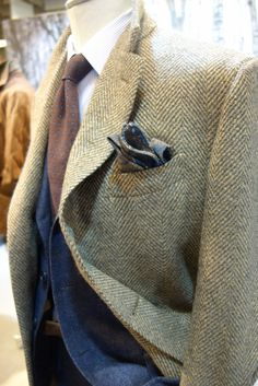 I love when men wear tweed