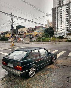 Aquele golzinho de respeito #vw #volks #golquadrado Luxury Sports Cars, Vw Gol, Vw Passat, Dashcam, Car Wallpapers, Car Manufacturers, Volkswagen Golf, Super Cars, Automobile
