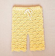 Crochet Pattern Baby Pants Free : Crochet Baby Pants on Pinterest Crochet Pants, Crochet ...