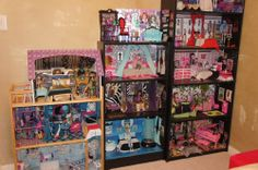 Monster High Doll House (Pick up Only)
