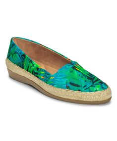 Blue & Green Trend Report Loafer